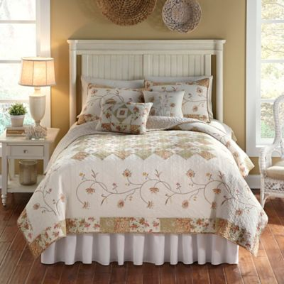 Nostalgia Home™ Sanibel Reversible King Quilt in Ivory