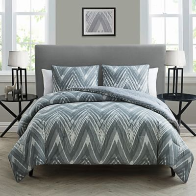 Kayden 3-Piece Reversible Twin/Twin XL Comforter Set in Grey/White
