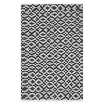 Fab Habitat Veria Diamonds 2-Foot 5-Inch x 8-Foot Indoor/Outdoor Rug in Black/White