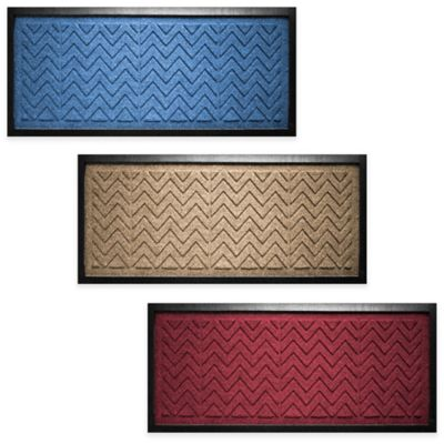 Weather Guard™ Chevron 36-Inch x 15-Inch Boot Tray in Red/Black
