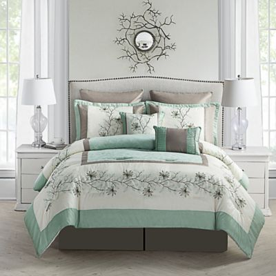 Alexander 8-Piece Queen Comforter Set in Green