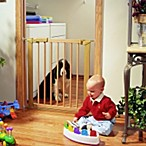 KidCo Wood Center Gateway® Safety Gate 5 1/2