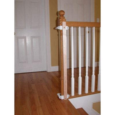 KidCo® Stairway Gate in Stallation Kit