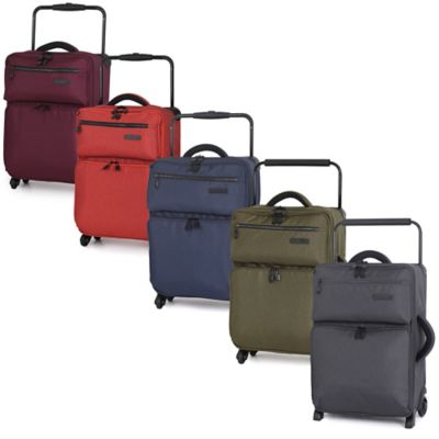 it Luggage World's Lightest® 22-Inch 4-Wheel Expandable Carry On Spinner in Magnet