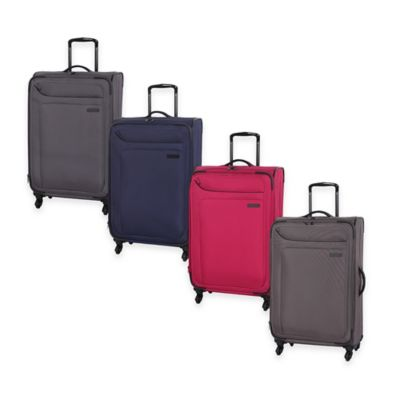 it Luggage MegaLite™ 28-Inch 4-Wheel Expandable Spinner in Magnet