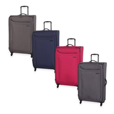 it Luggage MegaLite™ 32-Inch 4-Wheel Expandable Spinner in Magnet