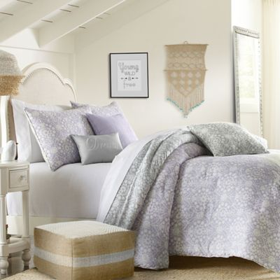 Wendy Bellissimo™ Meadow Cove 2-Piece Reversible Twin Comforter Set in Multi