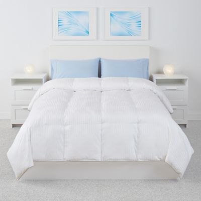 Down Alternative Twin Comforter in White Bedding