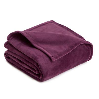 Full/Queen Plush Blanket in Prune