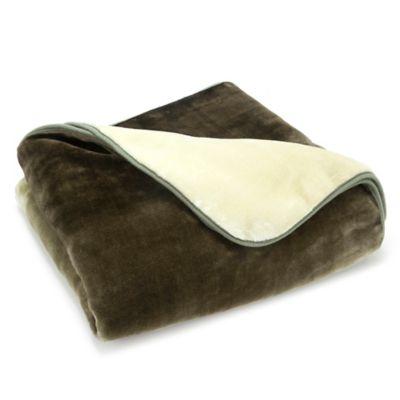 Vellux® Mink Ombre Throw Blanket in Green