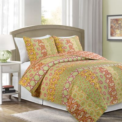 Mimosa Reversible Full/Queen Quilt Set in Green