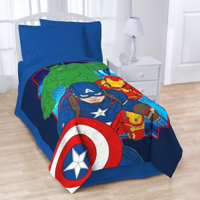 "Avengers ""Age of Ultron"" Plush Throw"