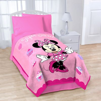 Minnie Sweet Treats Fleece Blanket