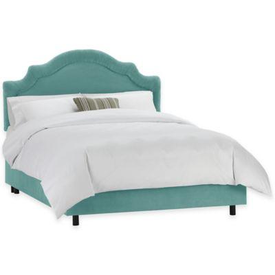 Skyline Furniture Larrabee Queen Bed in Velvet Caribbean