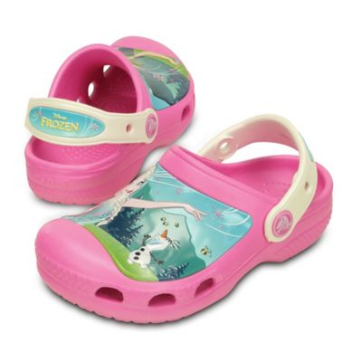 "Crocs™ Size 4-5 Kids' Creative Crocs ""Frozen Fever"" Clog in Pink"