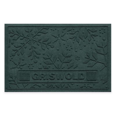 Bungalow Flooring Weather Guard™ 23-Inch x 36-Inch Holiday Snowflake Door Mat in Evergreen