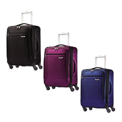 Samsonite SoLyte™ 20-Inch 4-Wheel Carry On Spinner in Black
