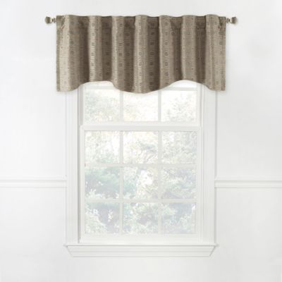 Milo 17-Inch Scalloped Lined Window Valance in Grey