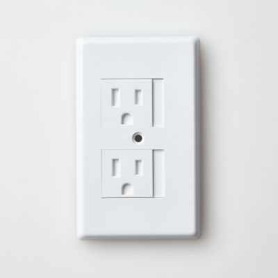 Mommy's Helper™ White Safe-Plate™ Standard Outlet Cover