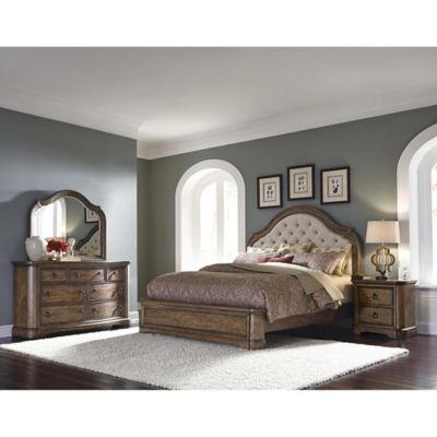 Pulaski Aurora 4-Piece Queen Bedroom Set in Brown