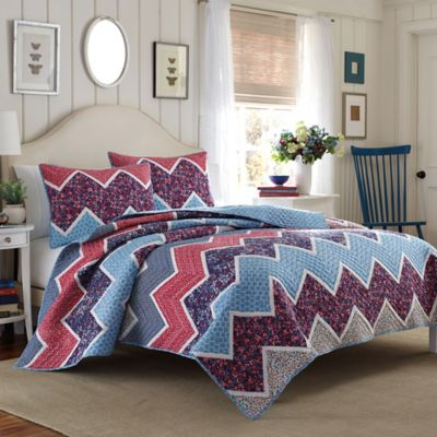Laura Ashley® Ainsley King Quilt in Navy