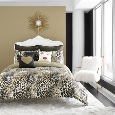 Betsey Johnson® Wild Thing Reversible Twin Comforter Set in Black/Gold