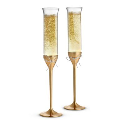 Vera Wang Wedgwood® Love Knots Gold Toasting Flutes (Set of 2)
