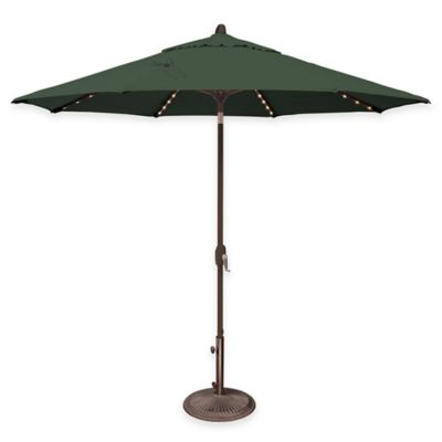 SimplyShade Lanai Pro 9-Foot Octagon Auto-Tilt Market Umbrella in Sunbrella® in Forest Green