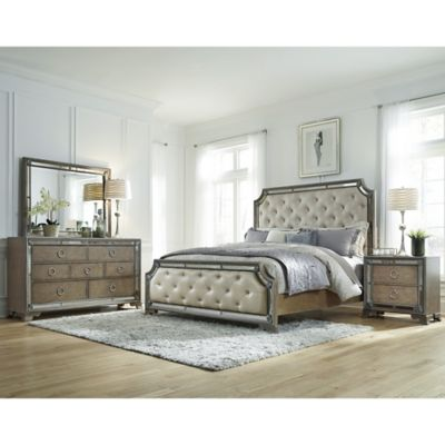Pulaski Karissa 4-Piece Bedroom Set