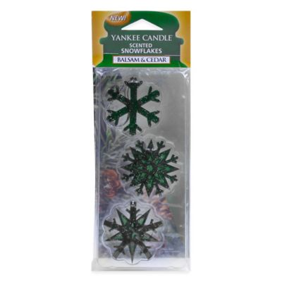 Yankee Candle® Balsam & Cedar Scented Snowflakes
