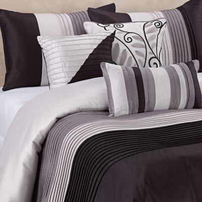 Regency Heights Amherst Full/Queen Duvet Cover Set in Black
