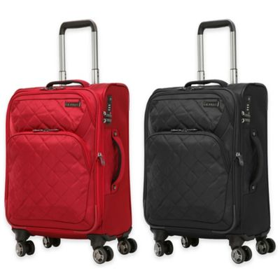 Ricardo Beverly Hills® Carmel 20-Inch Expandable Carry On Spinner in Red