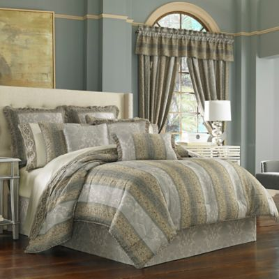 J. Queen New York™ Hemmingway Queen Comforter Set in Blue