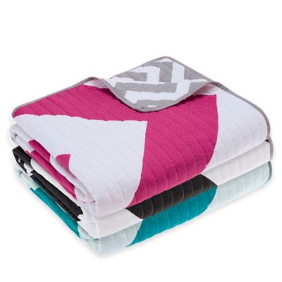 Madison Park Libra Reversible Quilted Throw in Blue