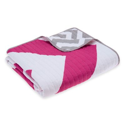Madison Park Libra Reversible Quilted Throw in Pink