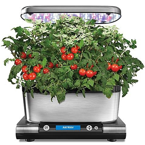 Miracle gro aerogarden harvest elite indoor gardening for Indoor gardening system