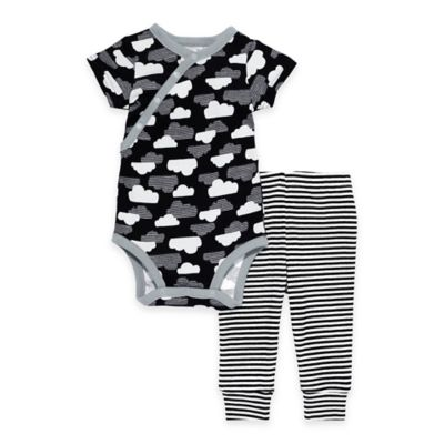 SKIP*HOP® Size 3M Star-Struck 2-Piece Cloud Short Sleeve Bodysuit and Pant Set in Black/White
