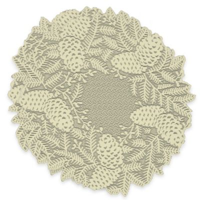 Highland Pine Doilies in Ivory