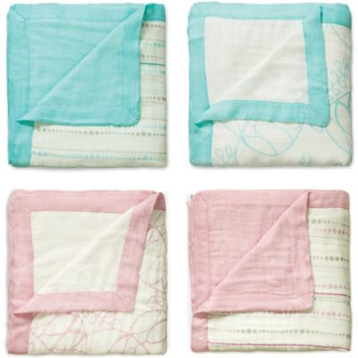 aden + anais® Tranquility Dream Blanket in Pink Leaf