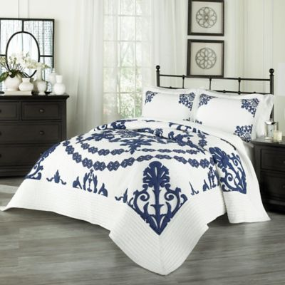 Historic Charleston™ Collection Charleston St. James Queen Quilt Set