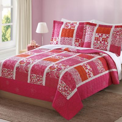 My World® Mix of Flowers Reversible Twin Quilt Set