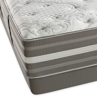 Beautyrest® World Class® Heritage Pines Plush Low Profile Split Queen Mattress Set
