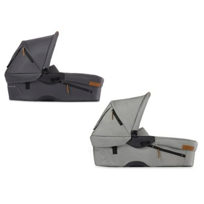 Mutsy Evo Urban Nomad Bassinet in Dark Grey
