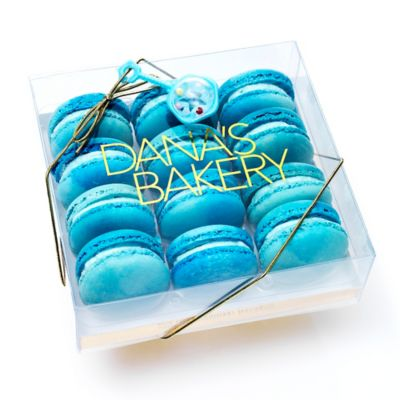 Dana's Bakery™ 12-Count Macaron It's A Boy Gift Box