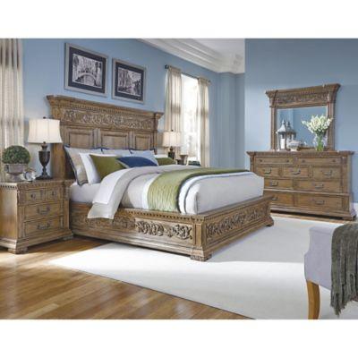 Pulaski Stratton Queen 5-Piece Bedroom Set in Light Brown