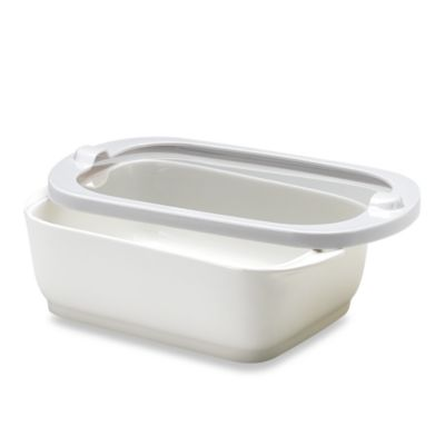 Keepeez™ Vacuum-Sealed 2 1/2-Quart Rectangular Food Storage Bowl with Lid