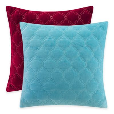 Madison Park Cotton Velvet Ogee Quilted Reversible Square Throw Pillow in Red
