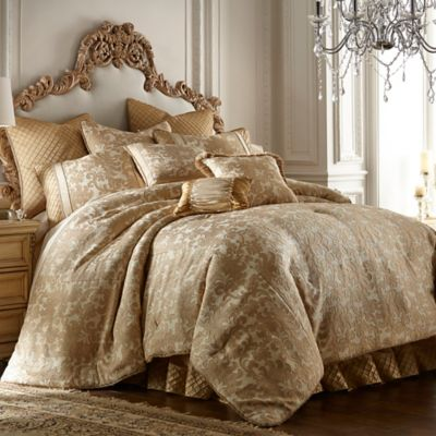 Austin Horn Classics Florence California King Comforter Set in Gold/Cream