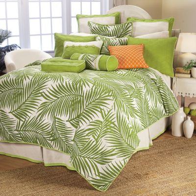 HiEnd Accents Capri King Duvet Cover Set in Green/White