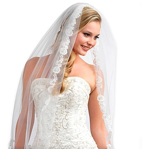 1 Layer Angelic French Lace Wedding Veil In White Bed